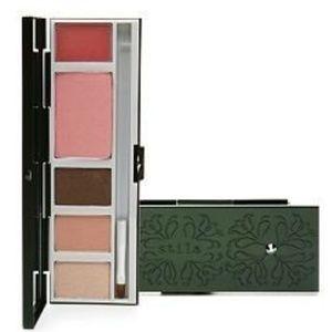 Stila Cosmetics Guinevere's Deluxe Palette